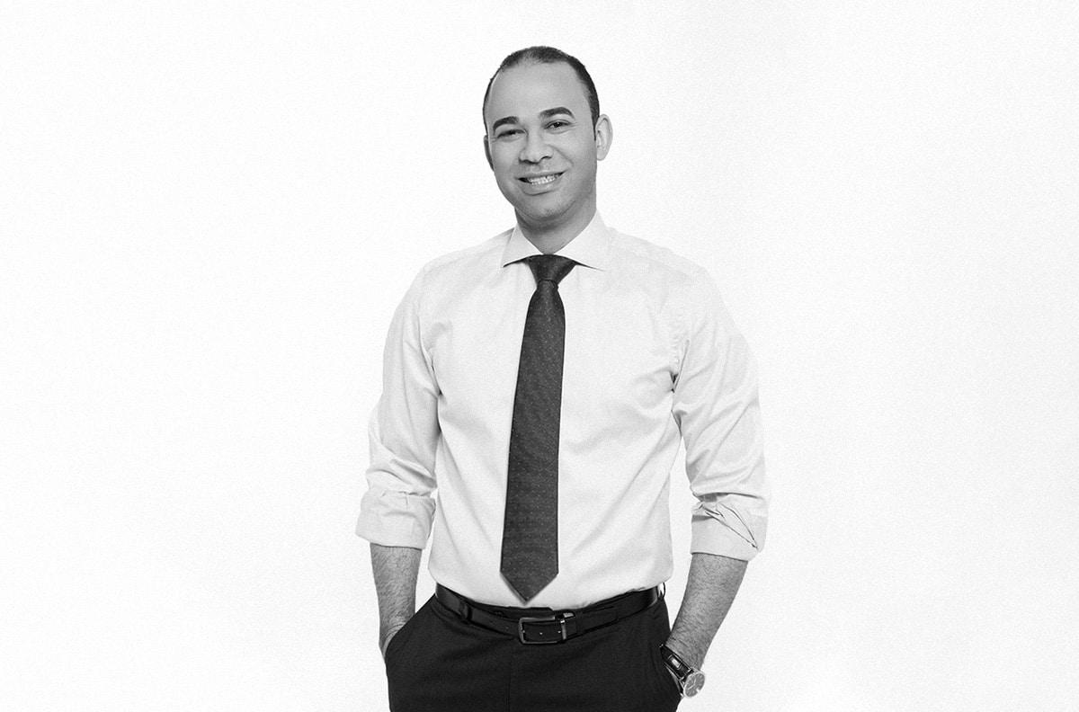 Dr. Antonio Santos